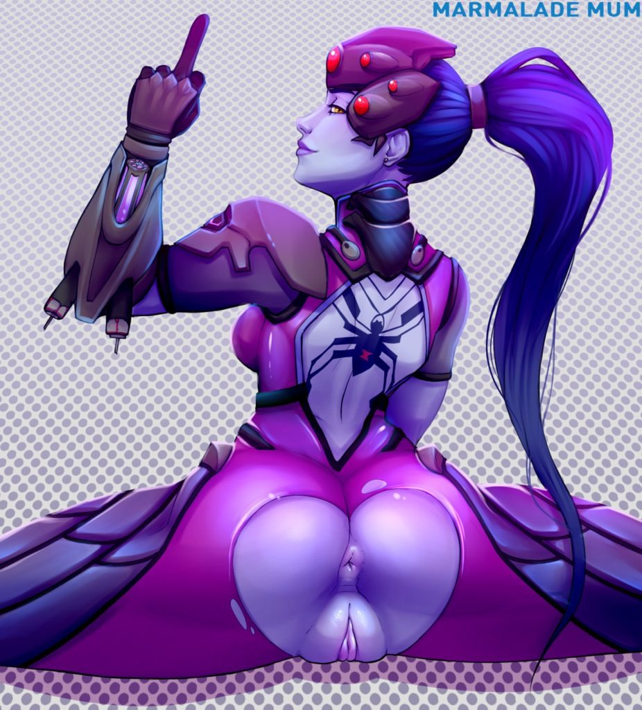 Widowmaker has a bird friend