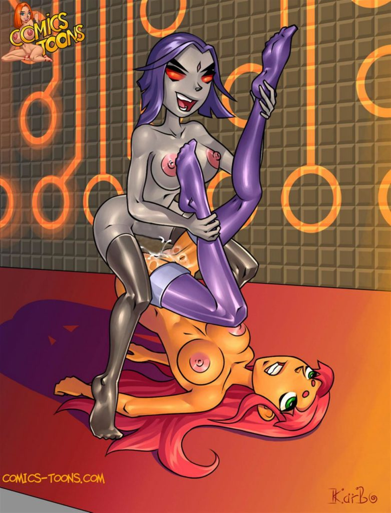 Futa Raven giving Starfire a rough fuck and a creampie