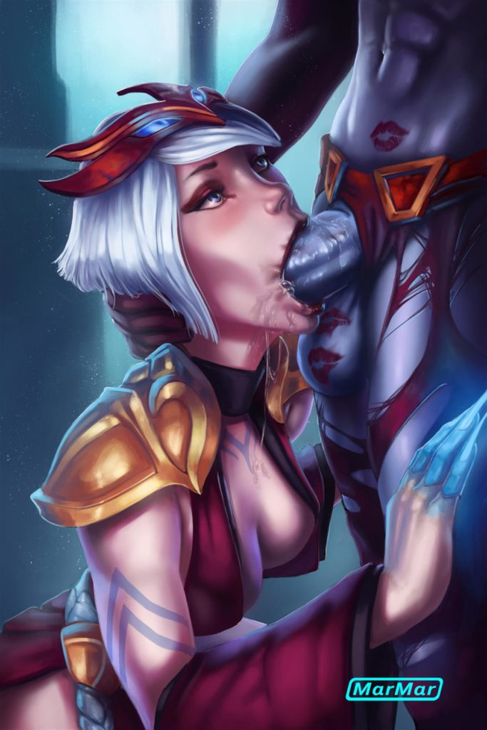 Elise sucking Queen of Pain's futa cock